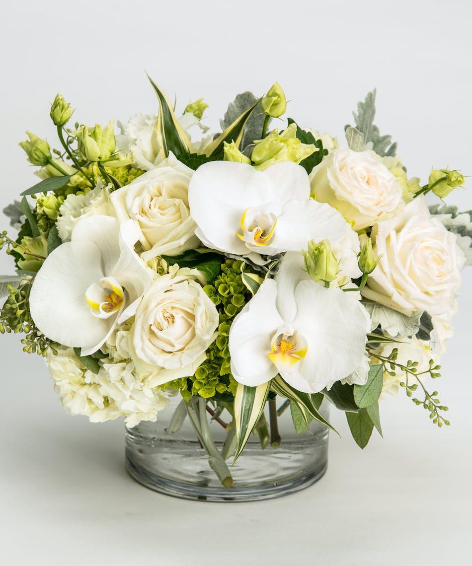 Opulent Whites Flowers Philadelphia Florist Robertsons Flowers