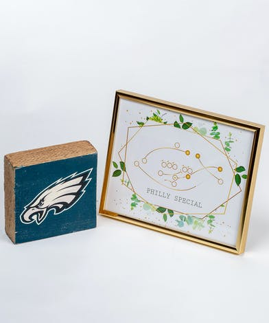 gift set with eagles logo and diagram of the Philly Special