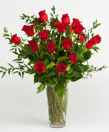 Classic Red Rose Arrangement in Glass Vase
