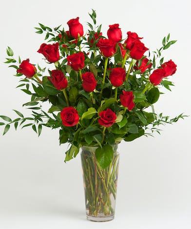 Classic Red Rose Arrangement in Glass Vase
